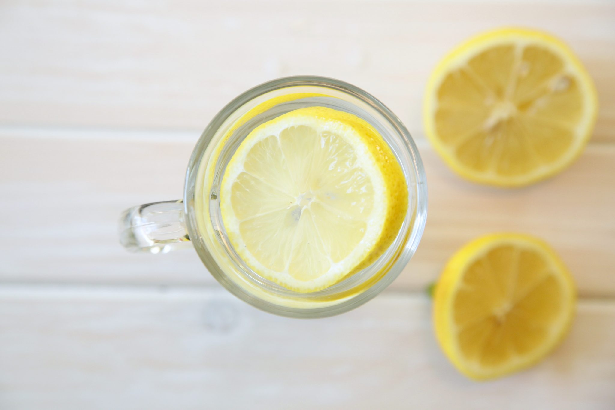 Health & Beauty Benefits of Lemon Water | Rockwell